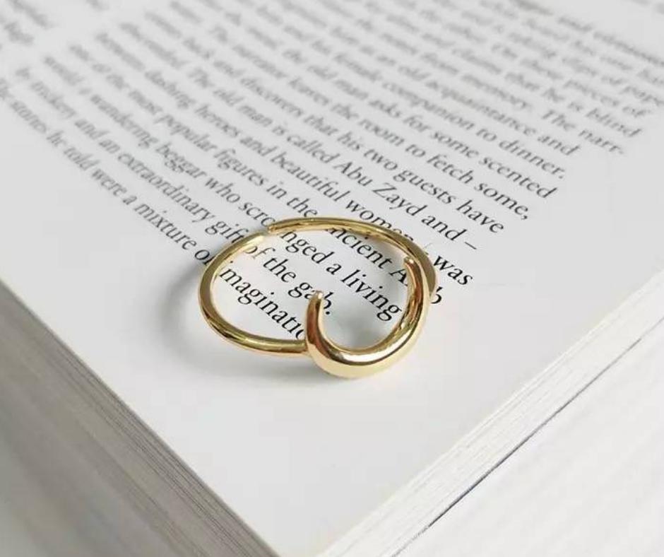 minimalistische ring goud maan