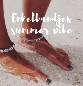 Deze enkelbandjes geven iedere outfit een summer vibe