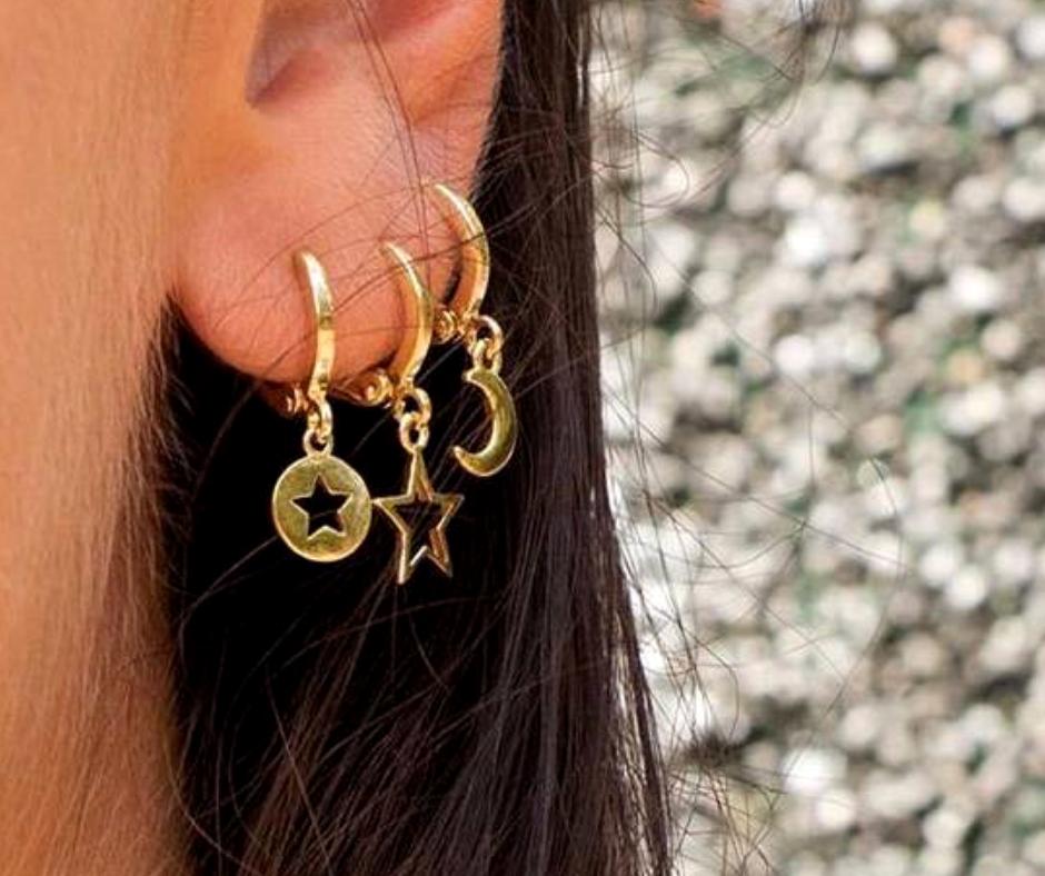 oorringetjes ear party met sterren maan goud klein