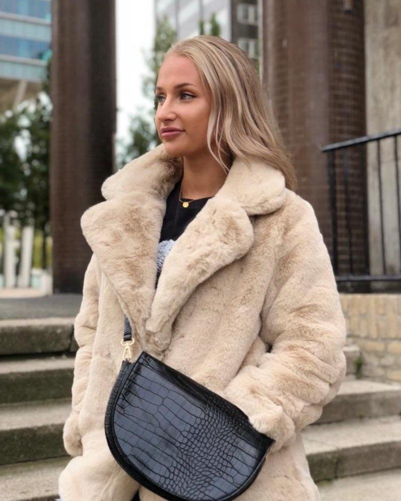 jas-furry-classic-beige-faux-fur-nepbont-trend
