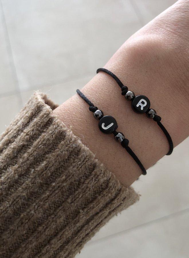 Armband Initial Bead