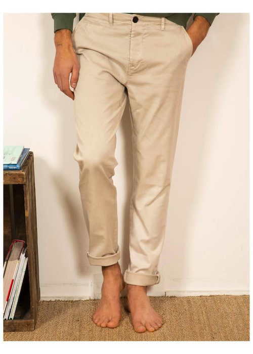 Cuisse De Grenouille Chino Medium Washed