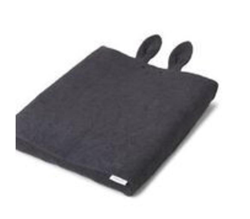 Aankleed kussenhoes konijnen oren donkergrijs