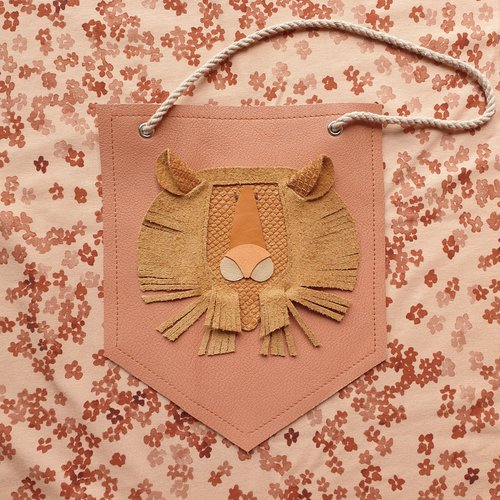 Atelier Ovive Wall Deco Lion: Rust, Salmon Pink