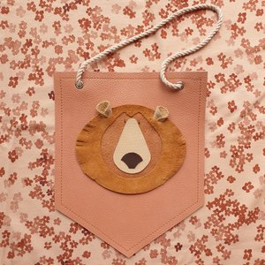Atelier Ovive Wall Deco Grizzly Bear: Salmon Pink