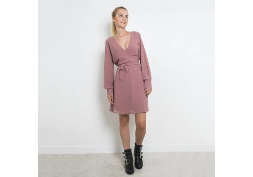 SISTERSPOINT SOFT PINK GERDO DRESS