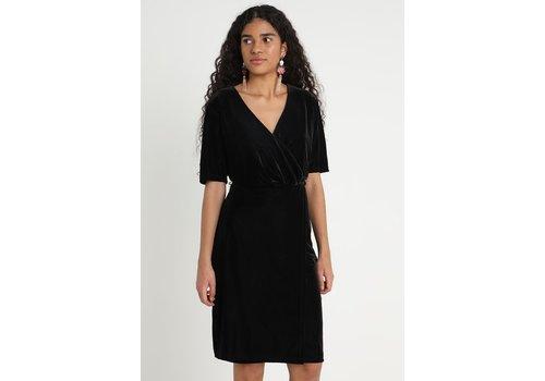 BLACK SIGU DRESS
