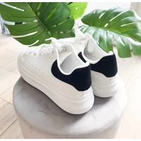 TOUCH OF BLACK SNEAKERS