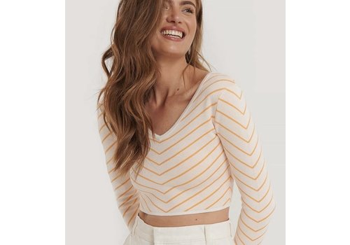 CROPPED WIDE NECK TOP