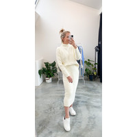 WHITE PERFECT TWINSET