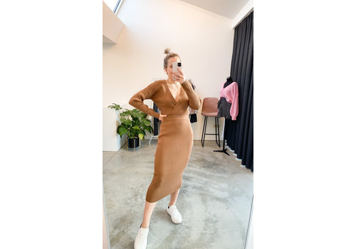 CAMEL KNITTED TWINSET