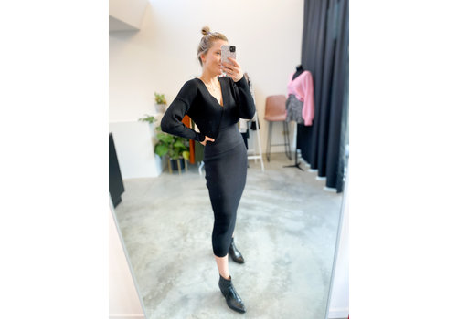 BLACK KNITTED TWINSET