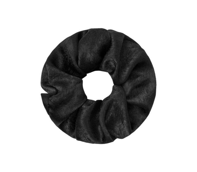 AXELLE SATIN SCRUNCHIE - BLACK