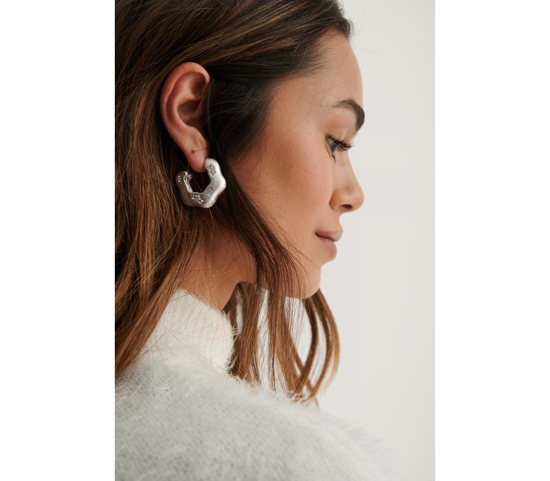 DETAILED HOOPS - SILVER