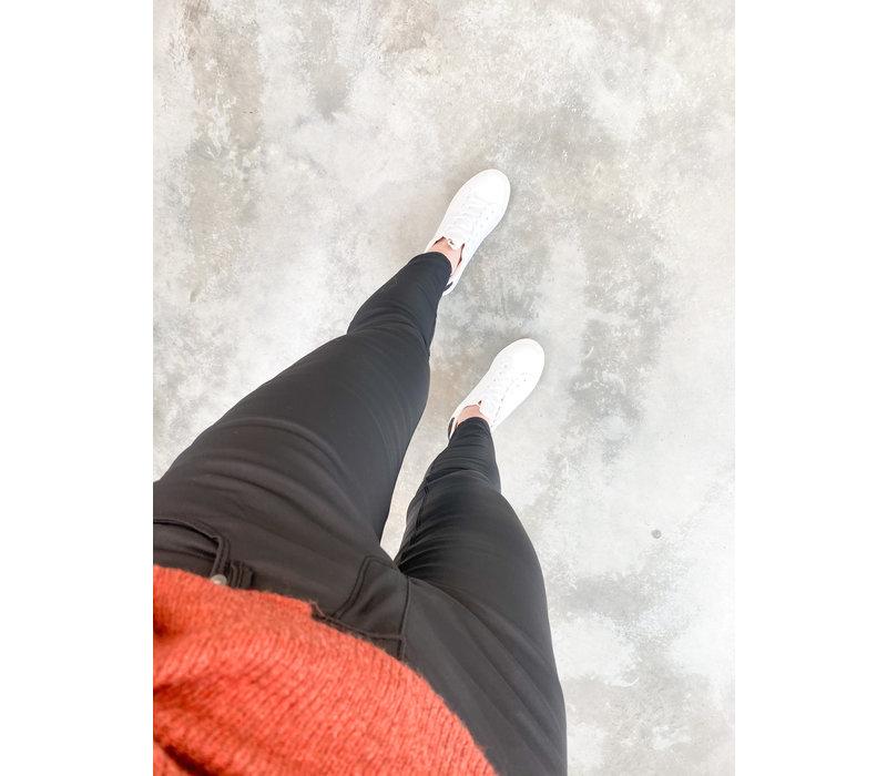 ANGELE COATED PANTS BLACK