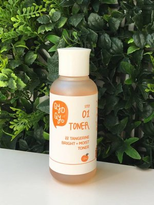 Qyo Qyo Tangerine Bright + Moist STEP 01 Toner