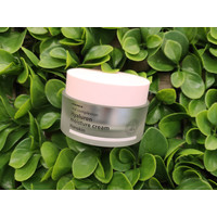 Real Complexion Hyaluron Moisture Cream - 50ml