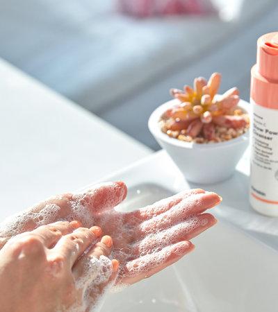 Vitamin C Glow Powder Cleanser - 70g