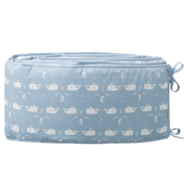 Fresk Fresk Baby Bed Bumper Whale Blue Fog (180cm)