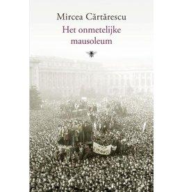 Cărtărescu Mircea Het onmetelijke mausoleum