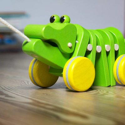 Plan Toys Crocodile dansant