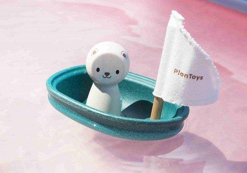 Plan Toys Zeilbootje met ijsbeer