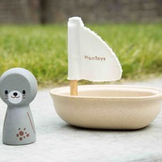 Plan Toys Plan Toys zeilboot met zeehond