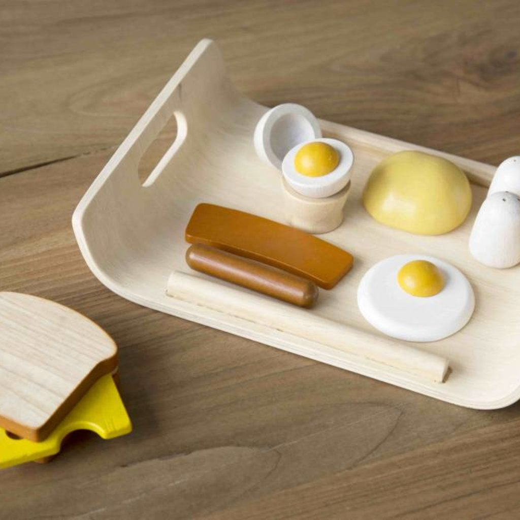 Plan Toys Eating breakfast in style is easy!