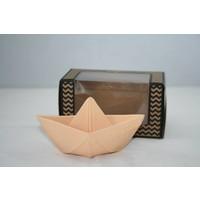 Oli & Carol natuurrubber origamibootje nude pink