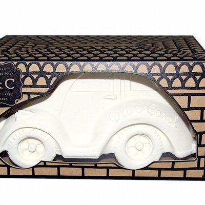 Oli & Carol Carlito Beetle Car White