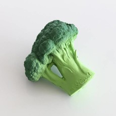 Oli & Carol Teether broccoli in natural rubber