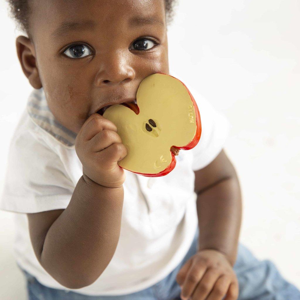 Oli & Carol Bijtspeeltje appel