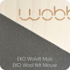 Wobbel Wobbel original blank gelakt met vilt baby muis