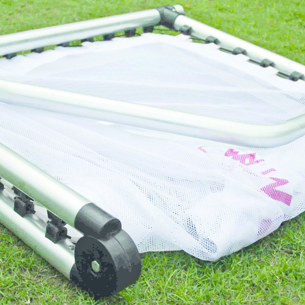 Megaform Foldable aluminium goal 120x80x60cm