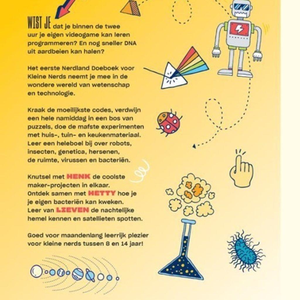 Eerste doeboek voor kleine nerds
