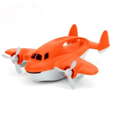 Green Toys Avion bombardier d'eau
