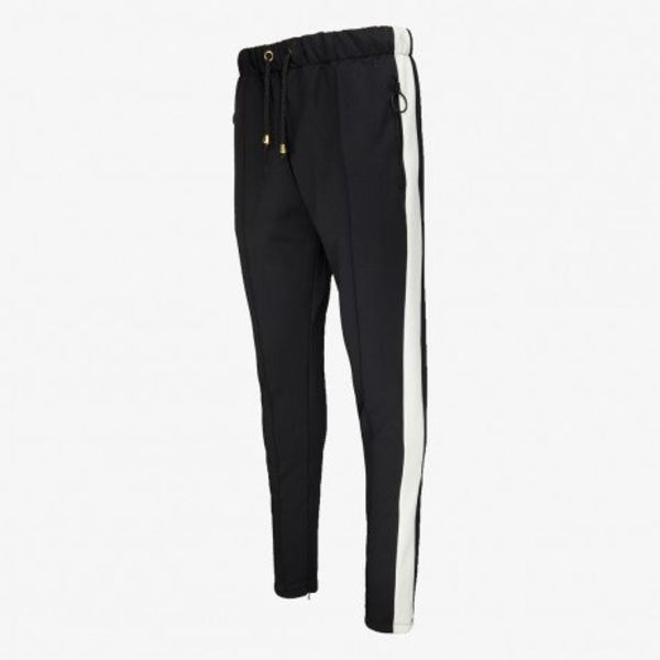 Off The Pitch Tracksuit Pants Black