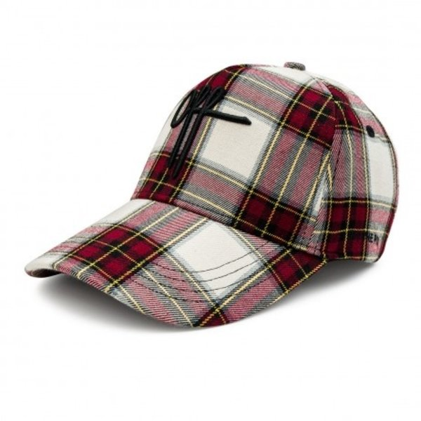 Off the pitch Traditions Cap Red