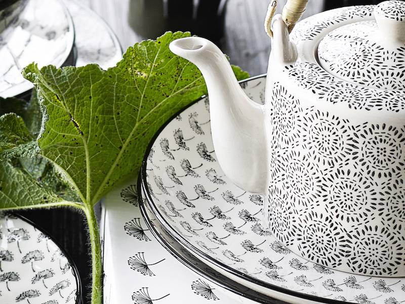 Nordal theepot zwart/wit aardewerk-4994-5708309090221