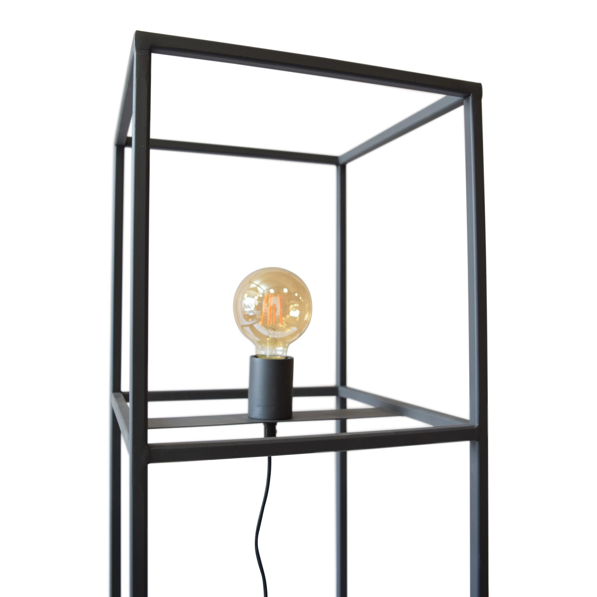 Urban Interiors Urban Interiors Vloerlamp Frame 30x30x120 Zwart