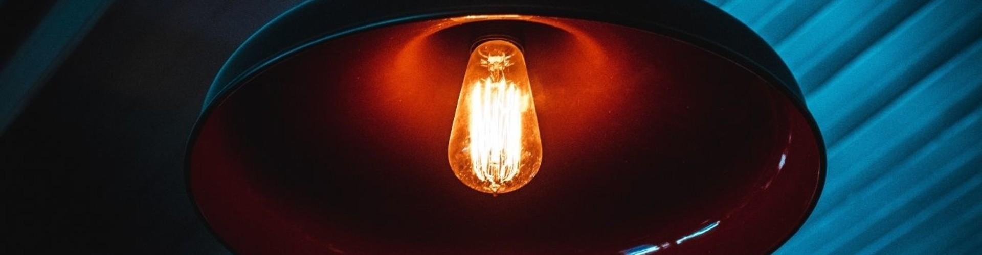 Industriële hanglamp in je interieur? Lees onze tips!