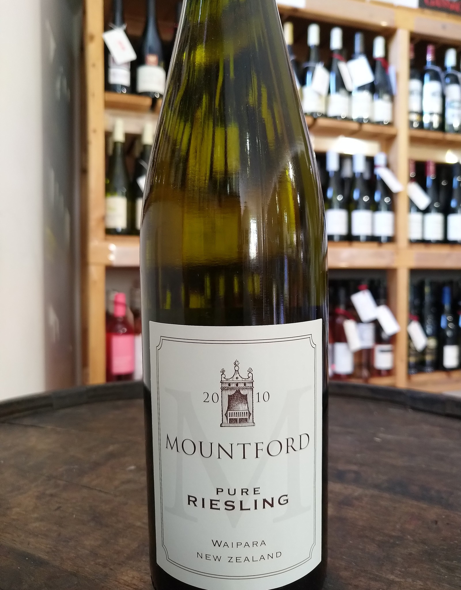 Mountford Pure Riesling 2010