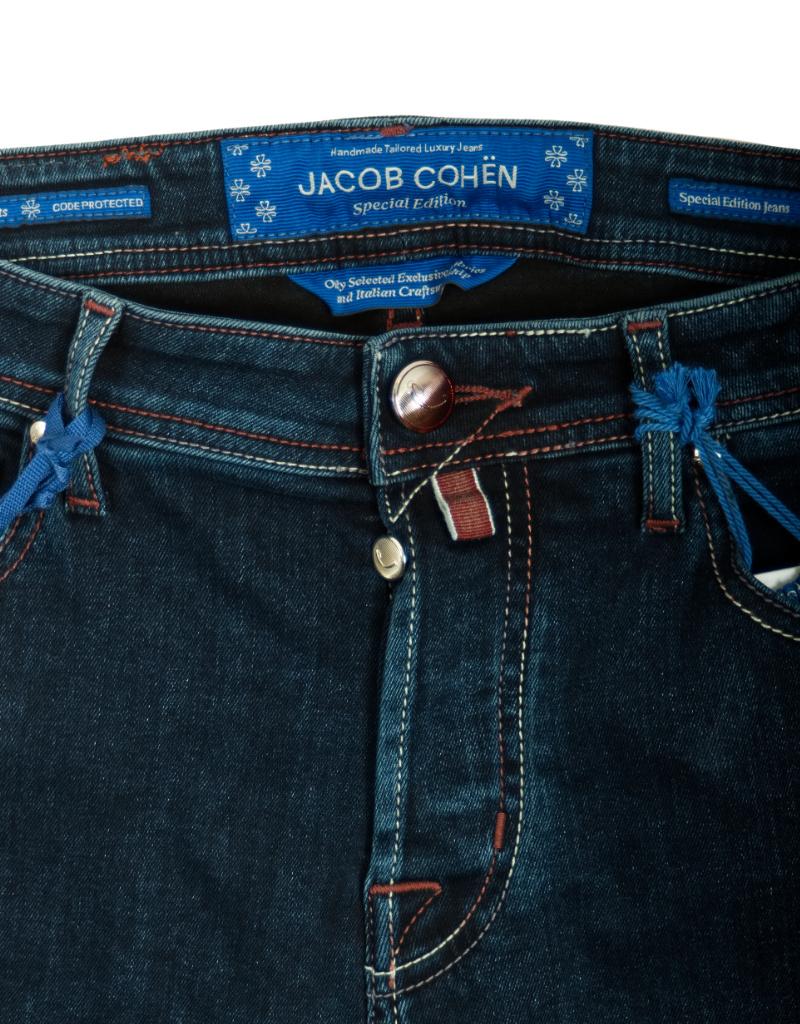 Jacob Cohen J688  PRUNESHADE COMF