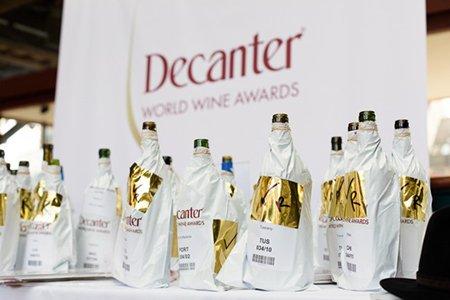 Griekse wijnen onderscheiden door Decanter 2018