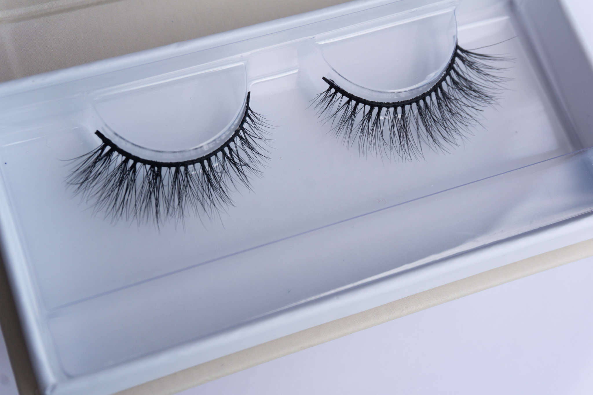 Yonca Yucel Cosmetics 3D MINK LASHES PURE SIMPLE