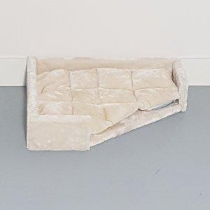 RHRQuality Triangle Lounge Lying Place + Cushion - Corner Coon Creme