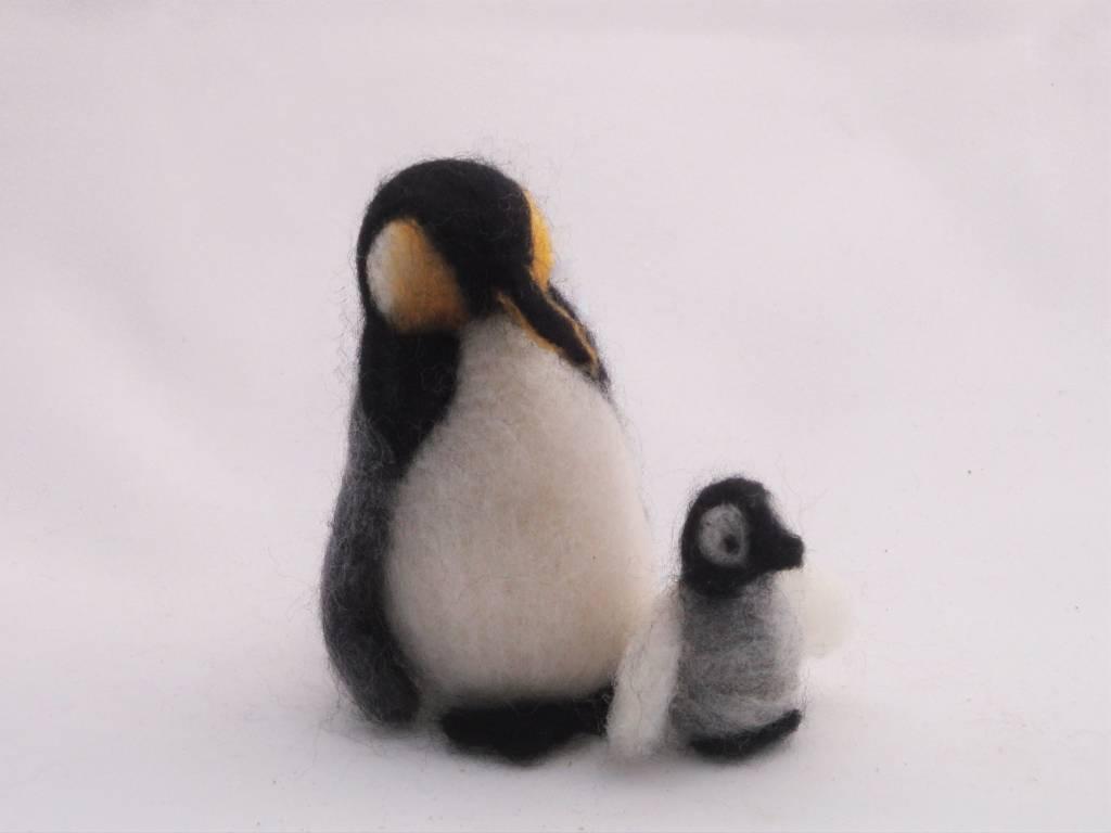 De Wolshoop Pinguin met jong