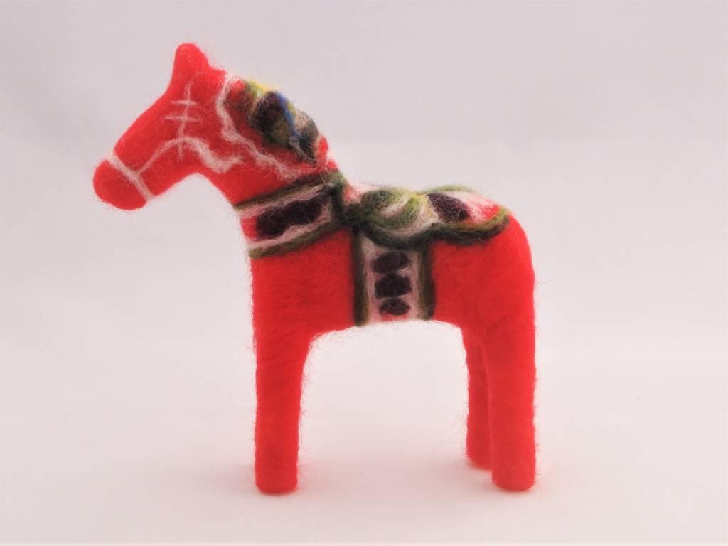 De Wolshoop Zweeds Dalarna paardje