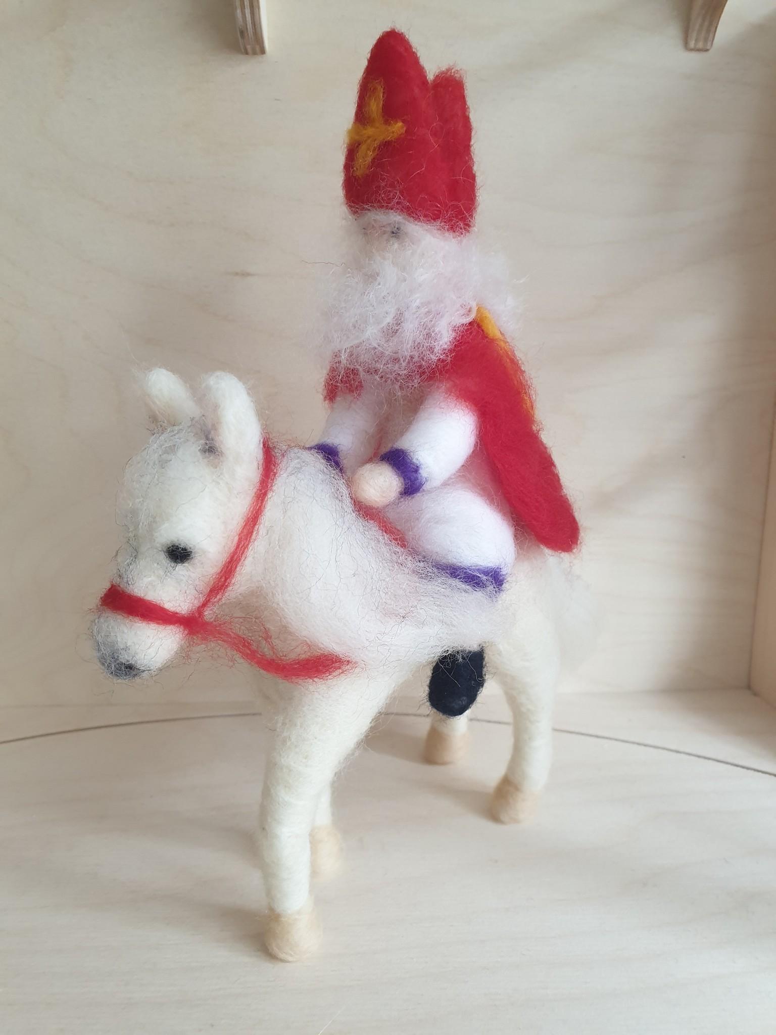 De Wolshoop Sinterklaas met Paard