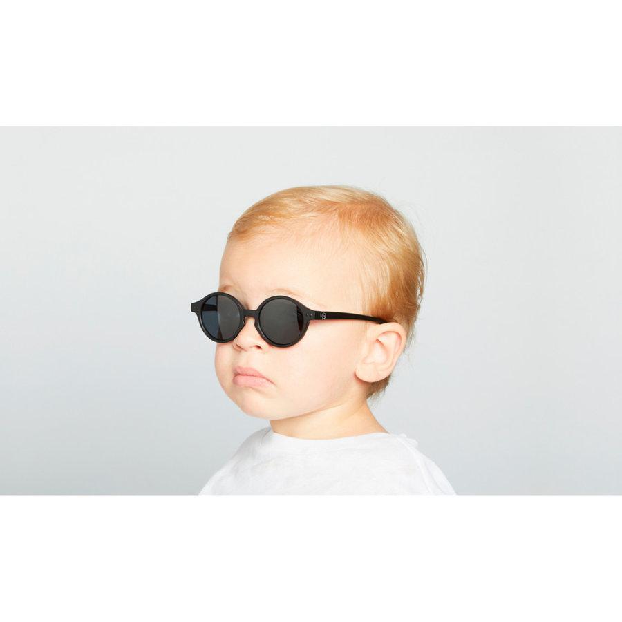 Zonnebrillen & -hoedjes